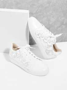 Floral Appliqued Lace Up Sneakers