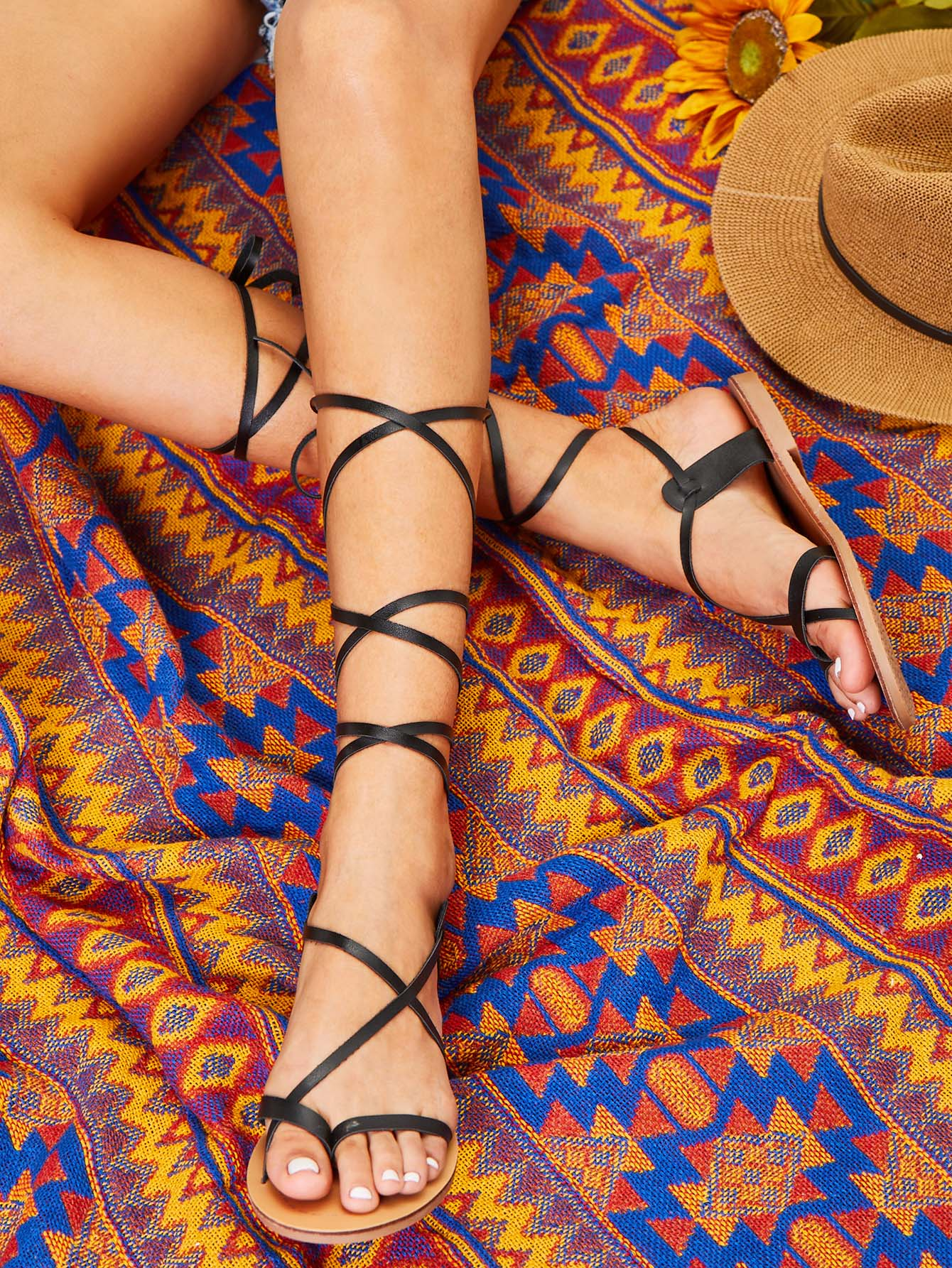Фото Lace Up Knee High Gladiator Sandals