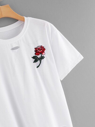 Romwe / Rose Embroidered Ripped Tee