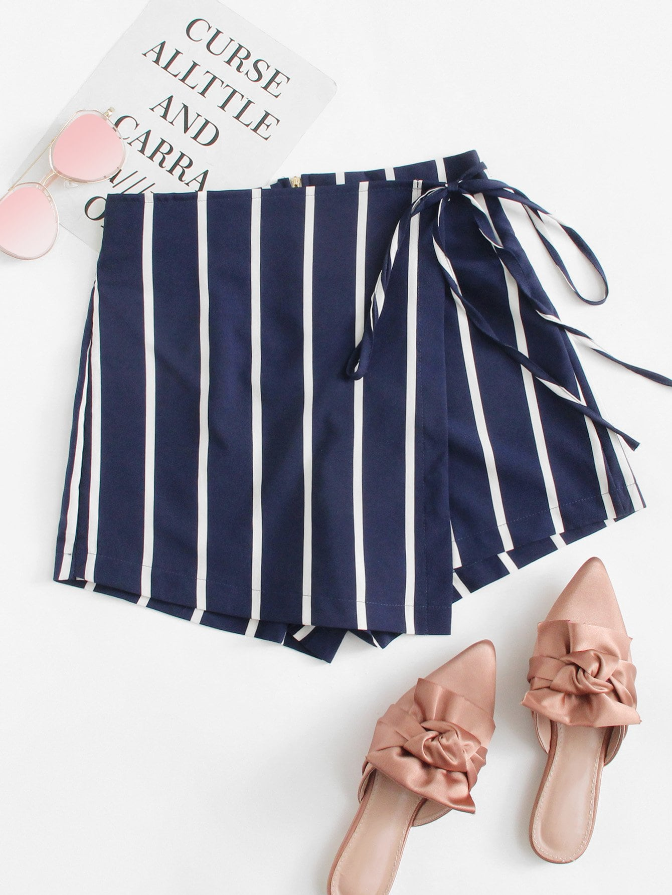 Striped Knot Side Shorts striped tape side legging shorts