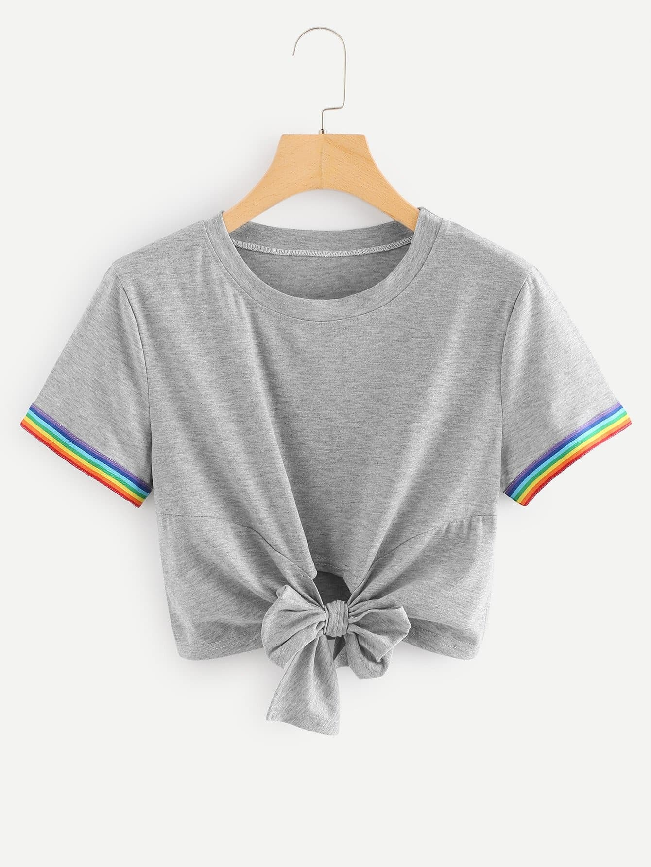 Knot Front Crop Tee knot front fit
