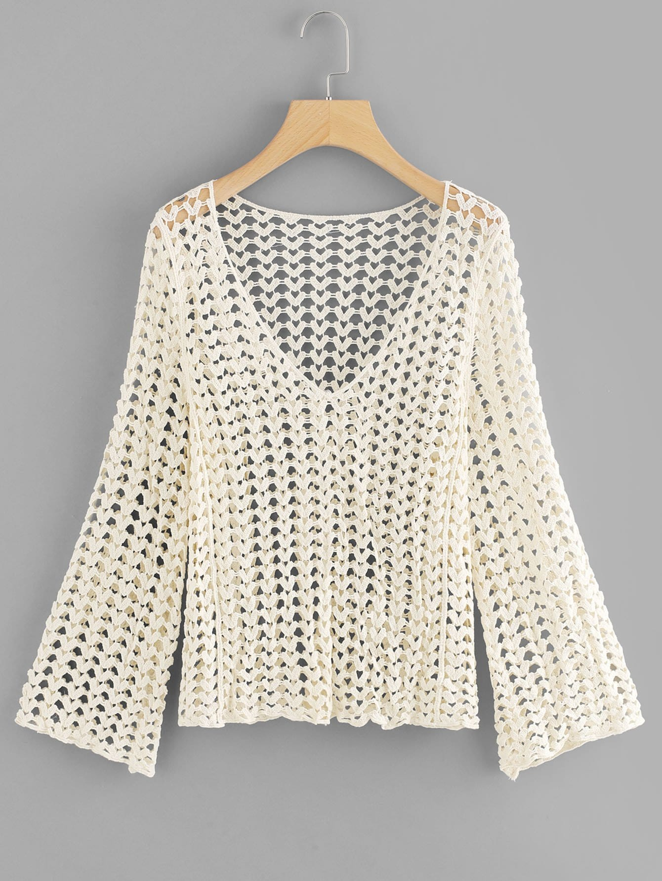 цена на V Neckline Cut Out Crochet Top