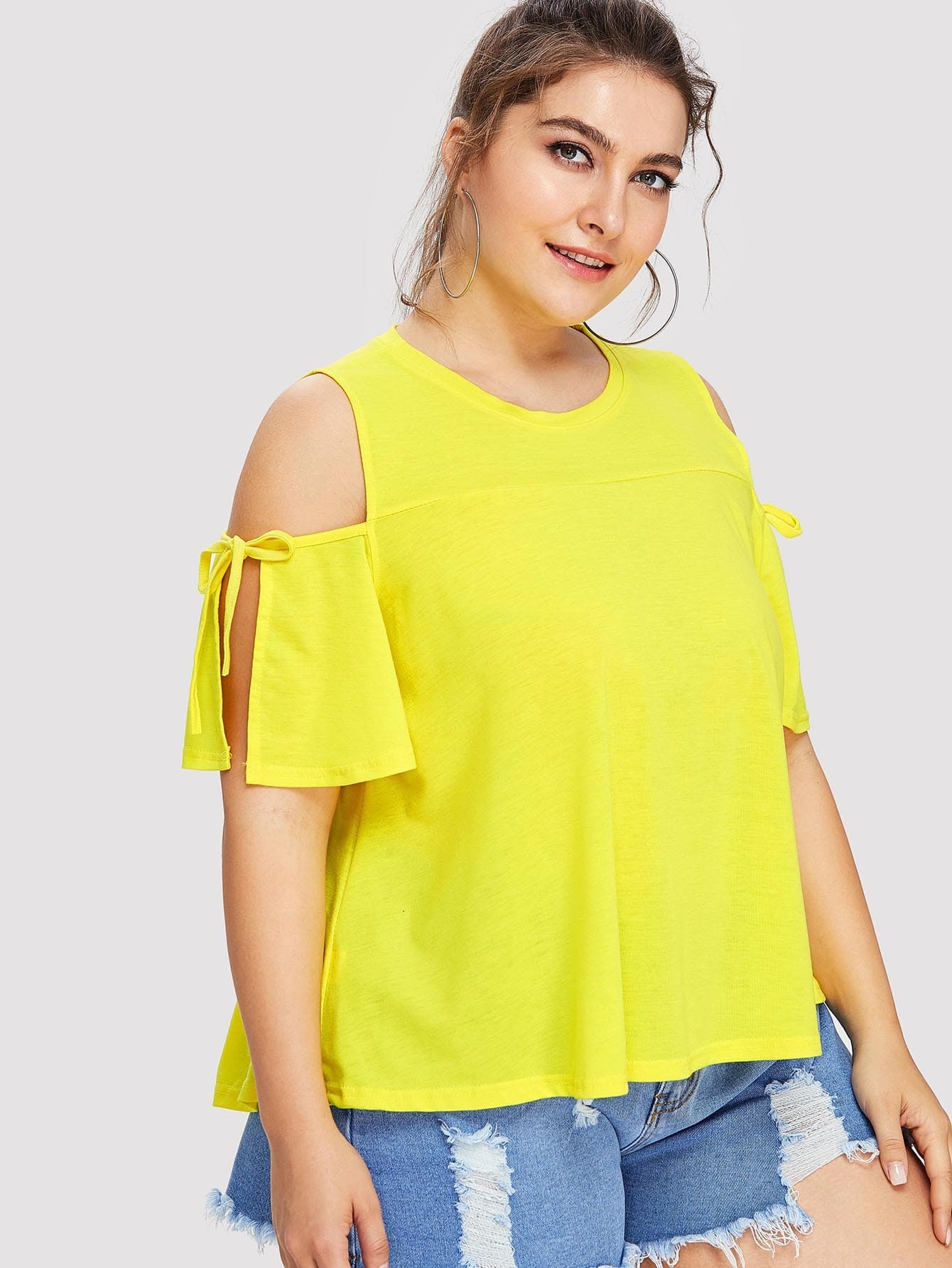 Plus Open Shoulder Knot Sleeve Tee