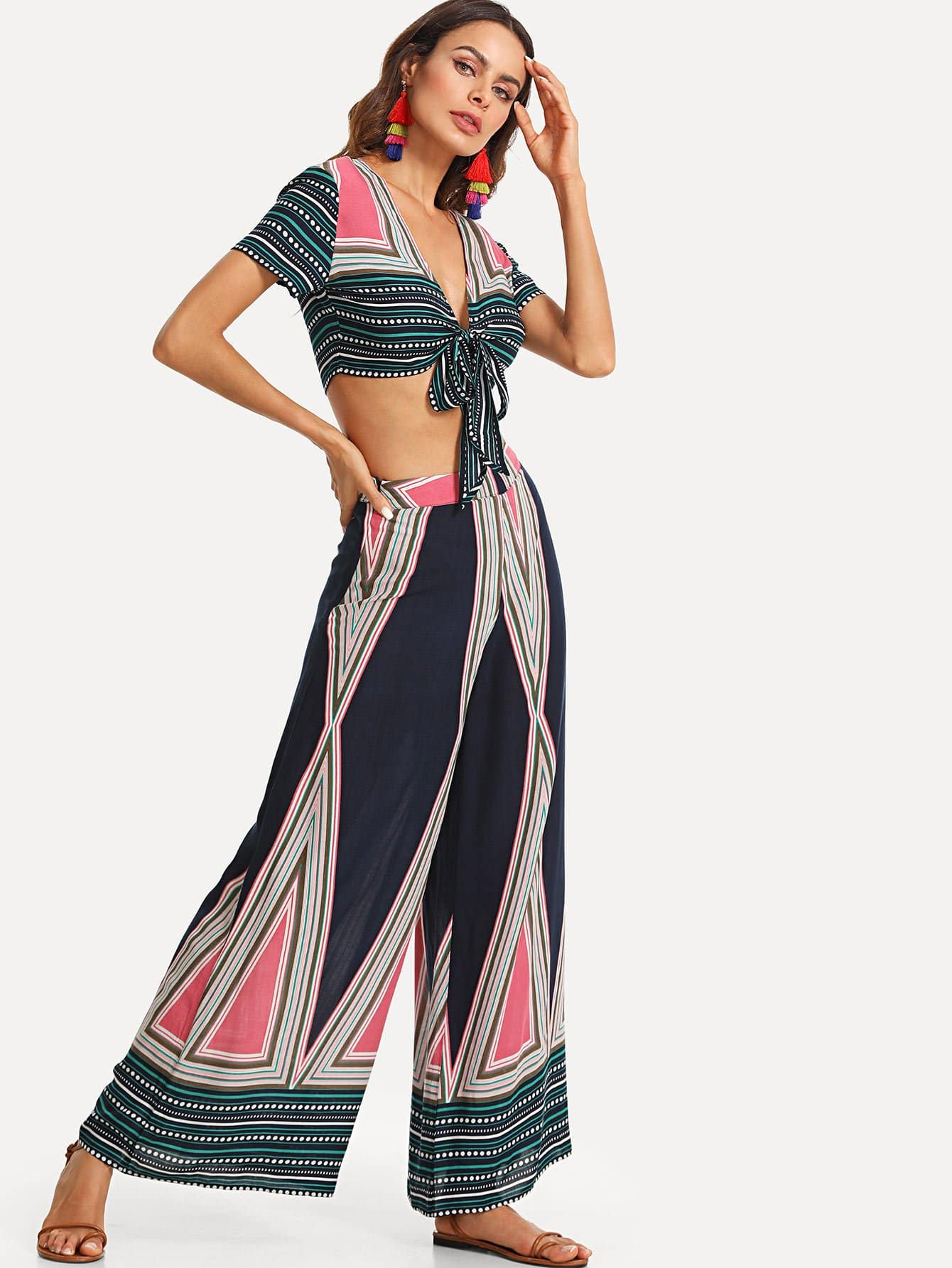 Фото Geo Print Plunging Knot Top & Wide Leg Pants Set checker knot bikini set