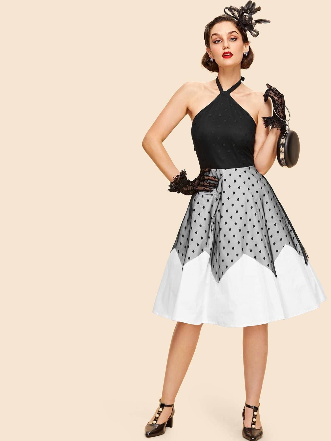 Платье хальтер с кружевными панелями и в горошек