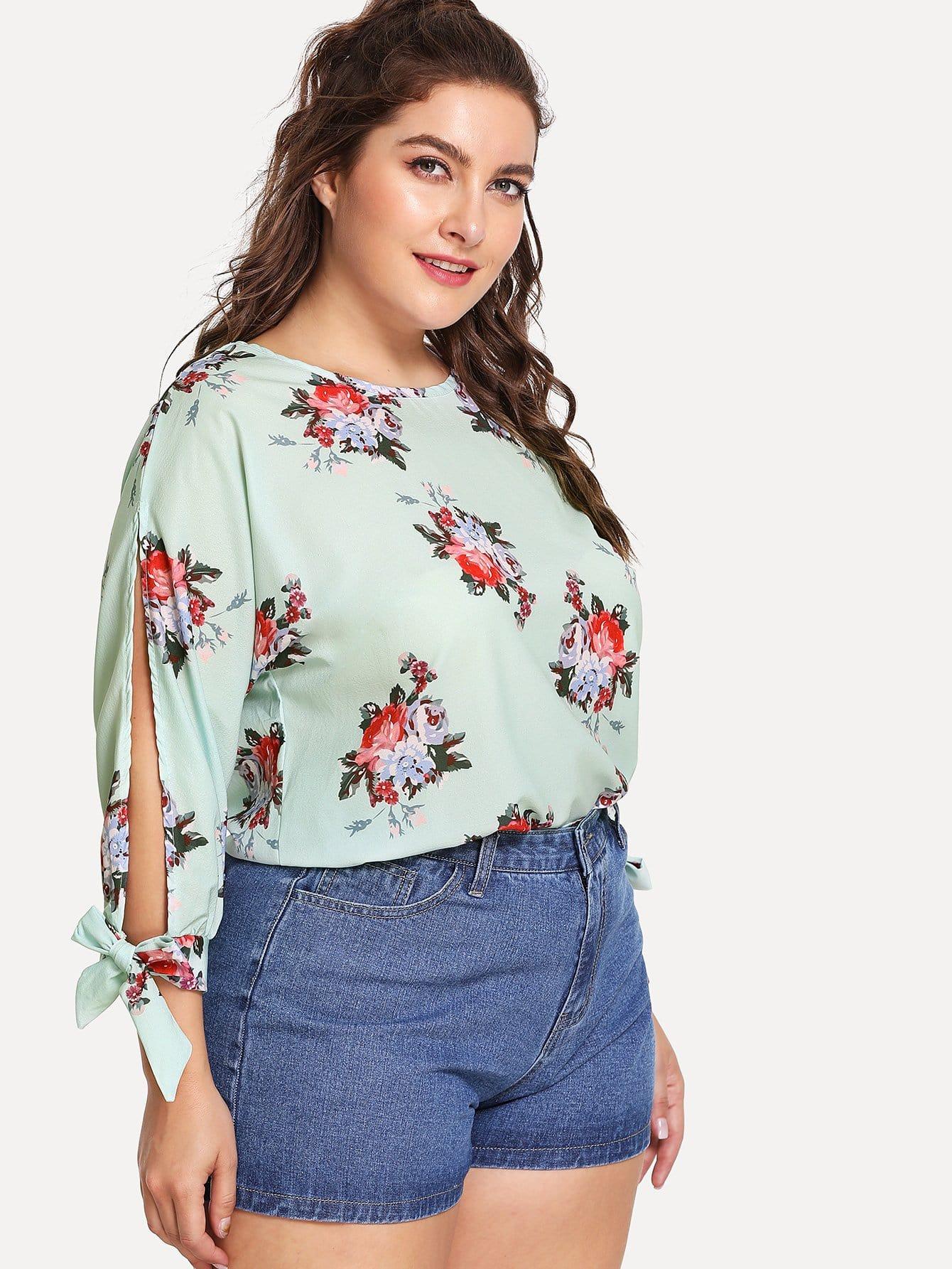 Plus Floral Print Split Sleeve Top