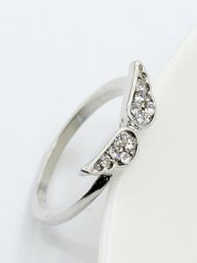 Wing Detail Ring