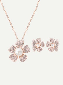Rhinestone Flower Pendant Necklace And Stud Earrings