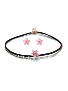 Flower Design Choker & Stud Earrings