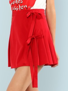 Knot Side Pleated Skirt