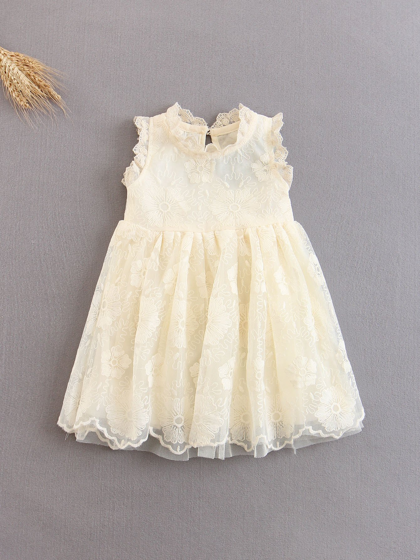 Фото Girls Flower Embroidered Tulle Dress