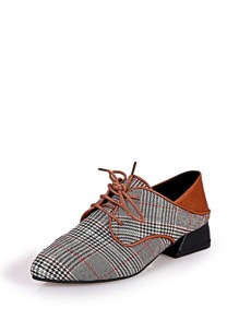 Pointed Toe Houndstooth Oxfords