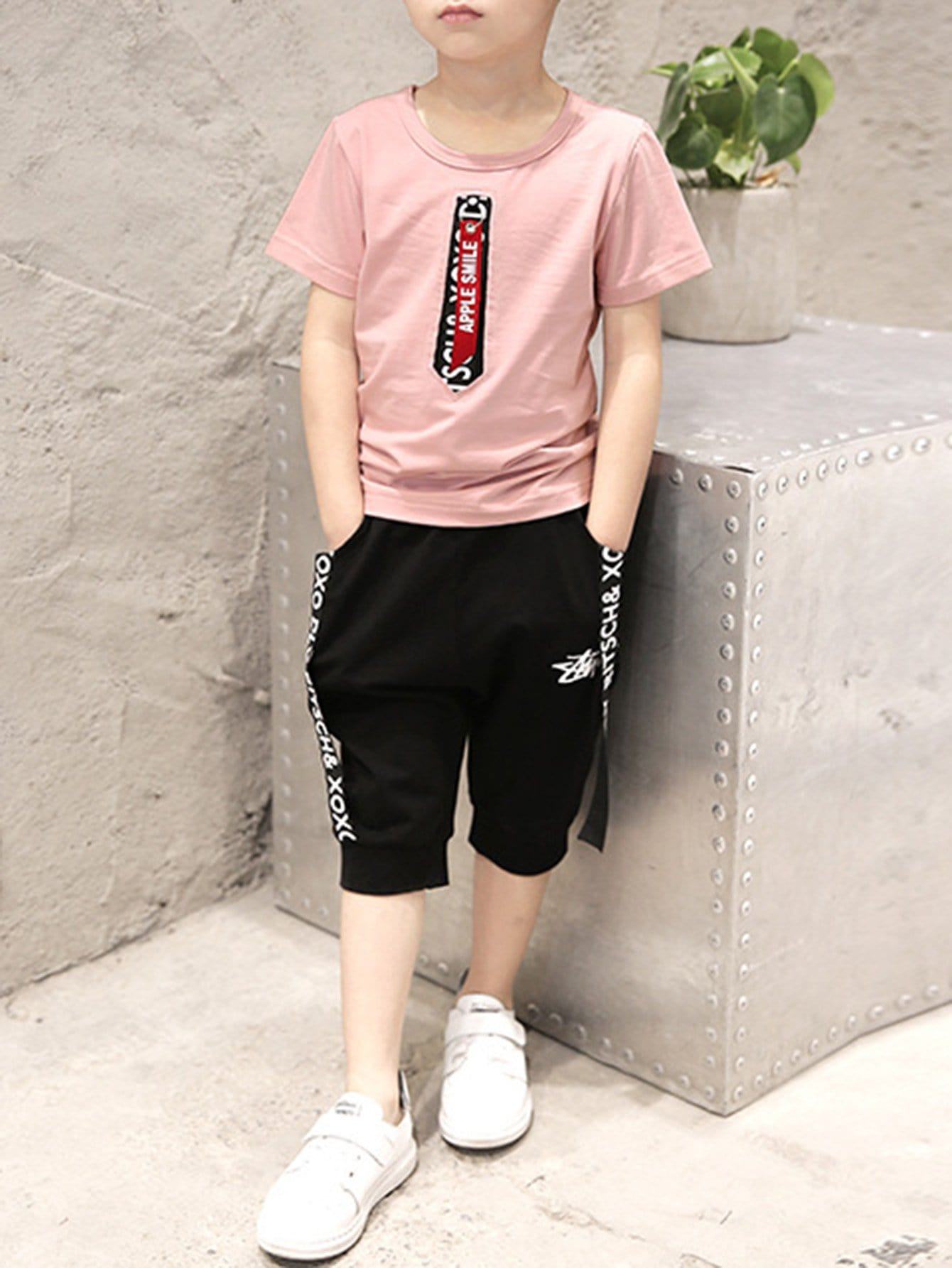 Kids Graphic Print Tee With Pants