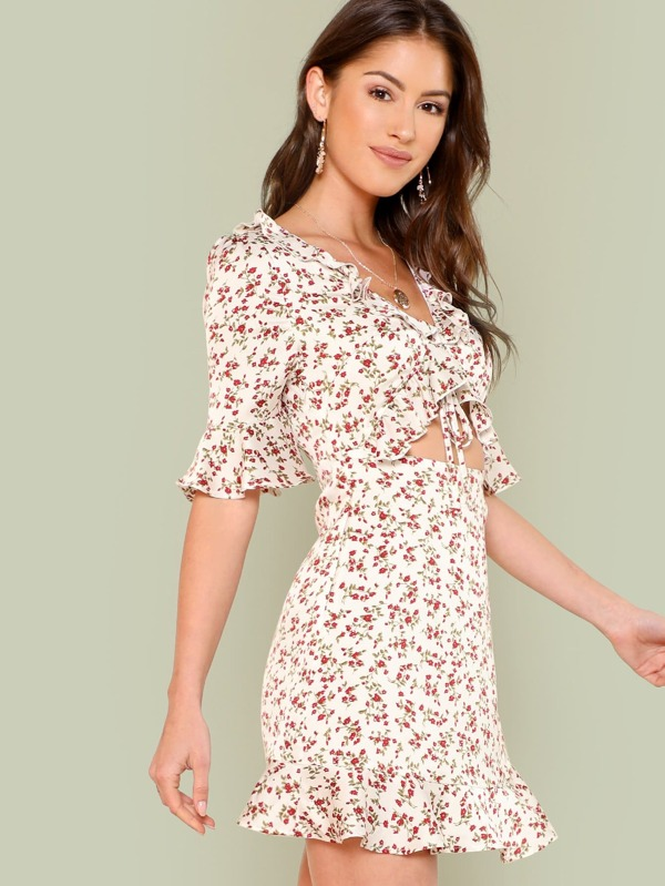 Flounce Trim Open Midriff Knot Front Floral Dress by Shein