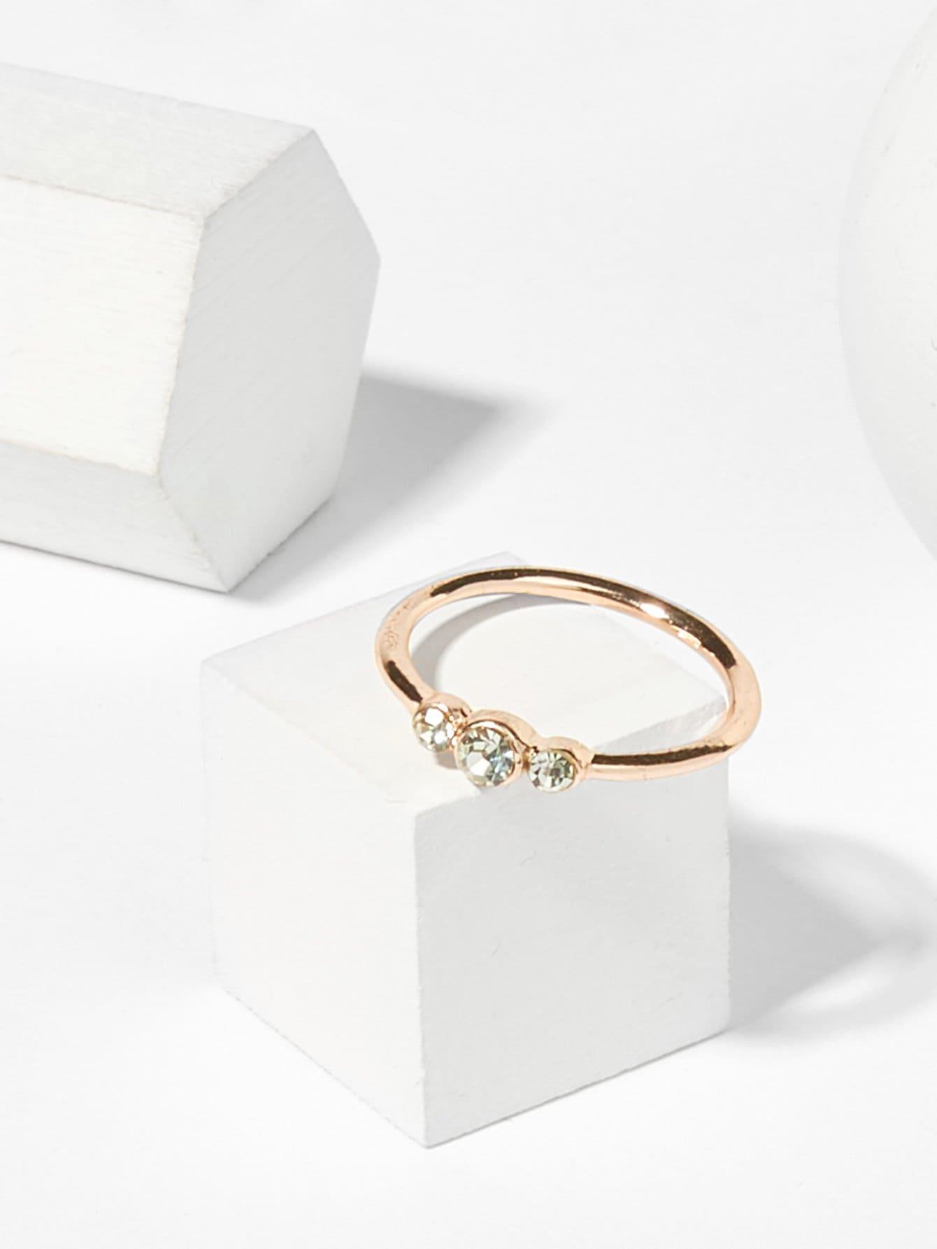 Кольцо с хрусталиками слим