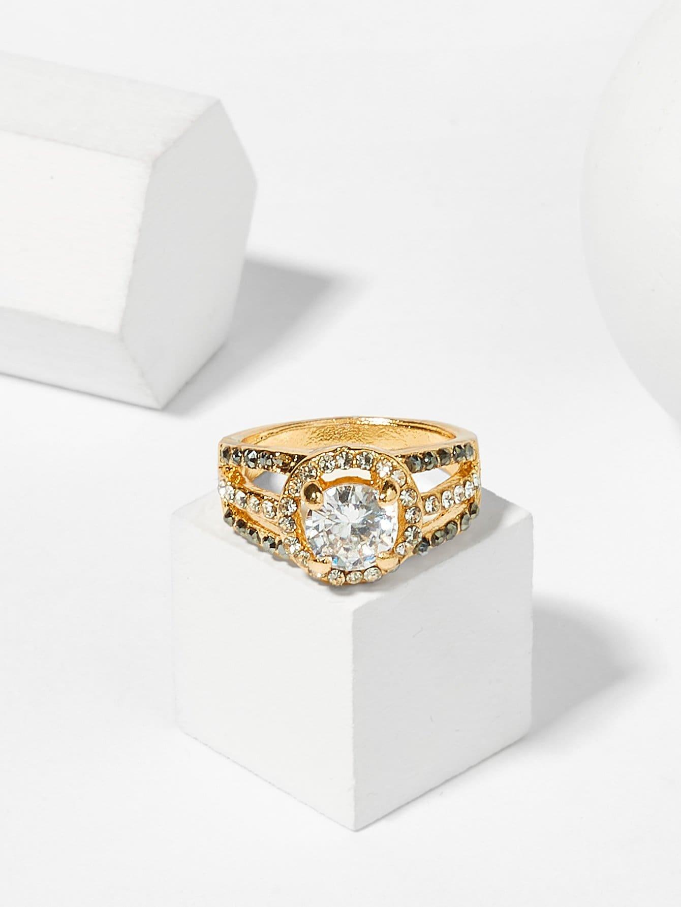 Многослойное кольцо с хрусталиками