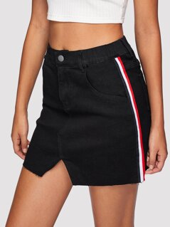 V-Notch Raw Hem Striped Denim Skirt