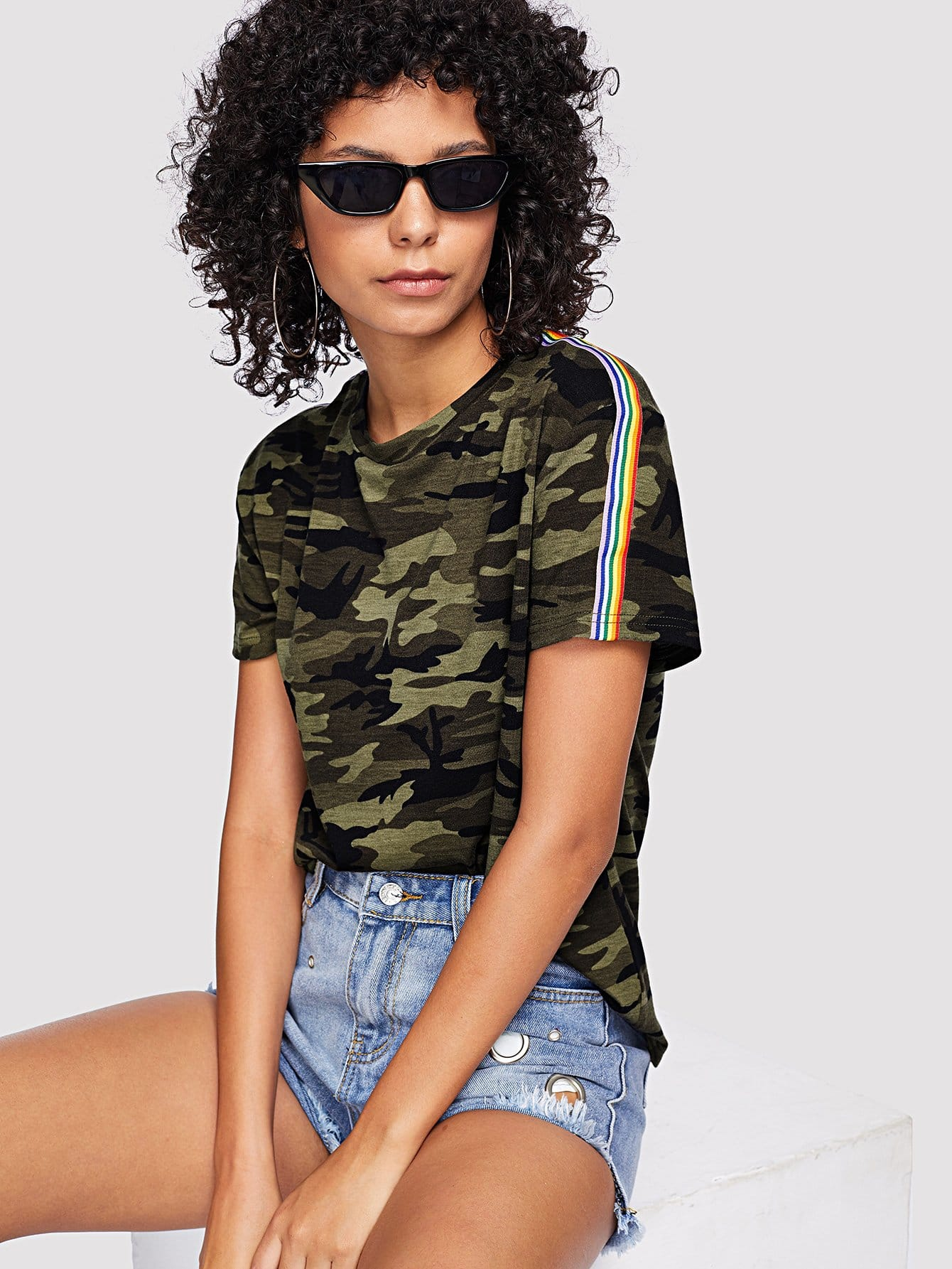 Contrast Striped Trim Camo Print Tee contrast trim ribbed tee with striped shorts