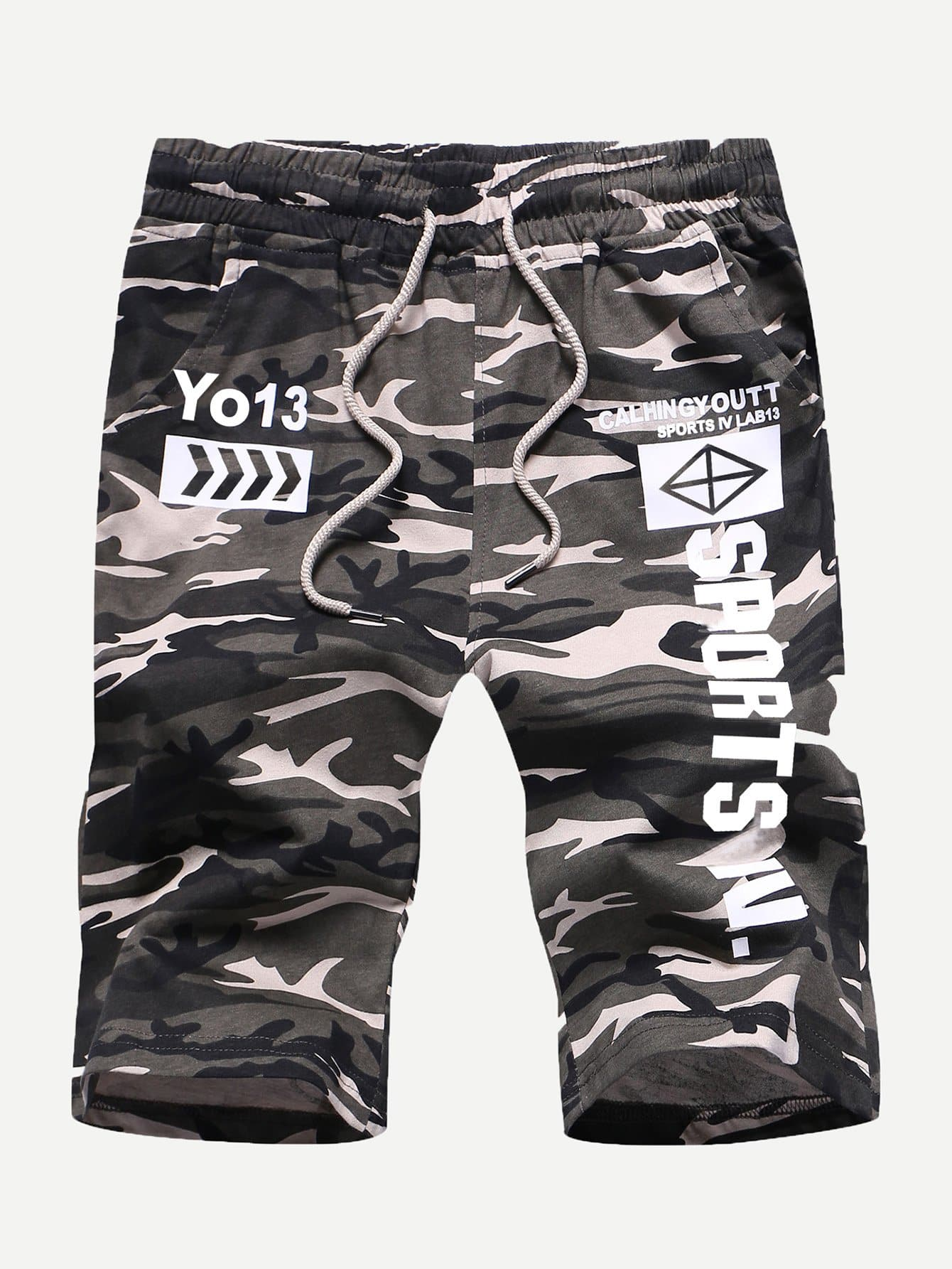 Men Letter Print Drawstring Camo Shorts