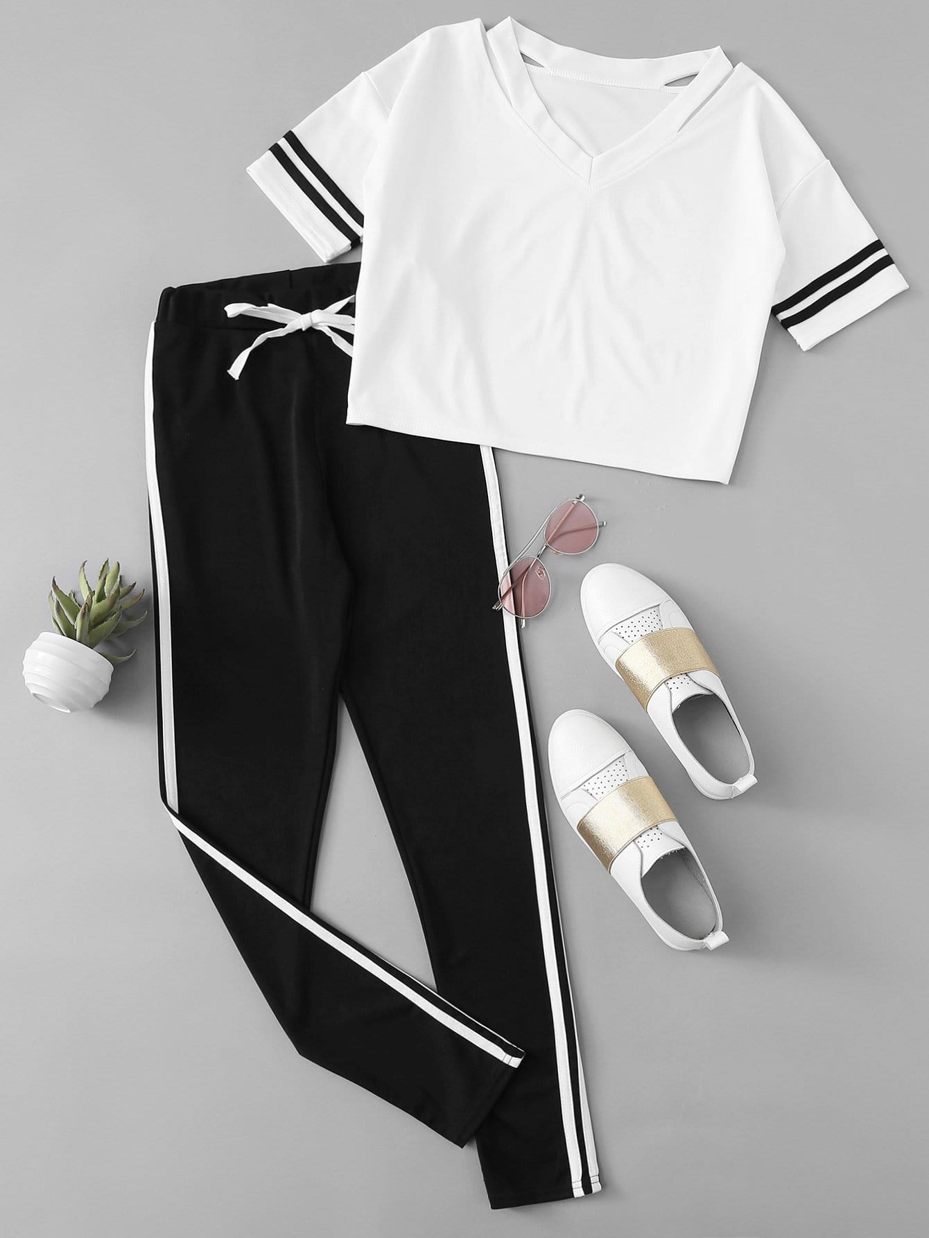 Stripe Contrast Tee & Drawstring Waist Pants black stripe round neck sleeveless drawstring waist activewear outfits