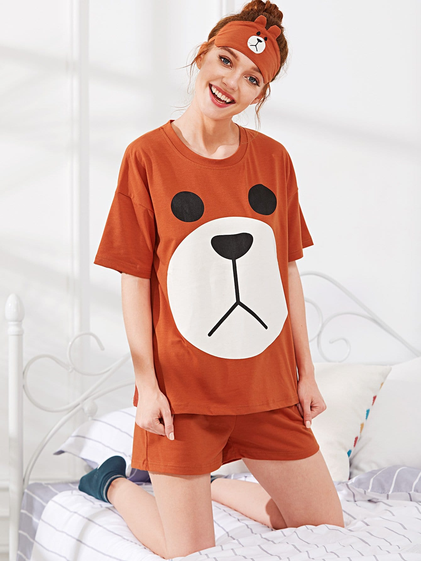 Bear Print Pajama Set With Eye Mask цена и фото