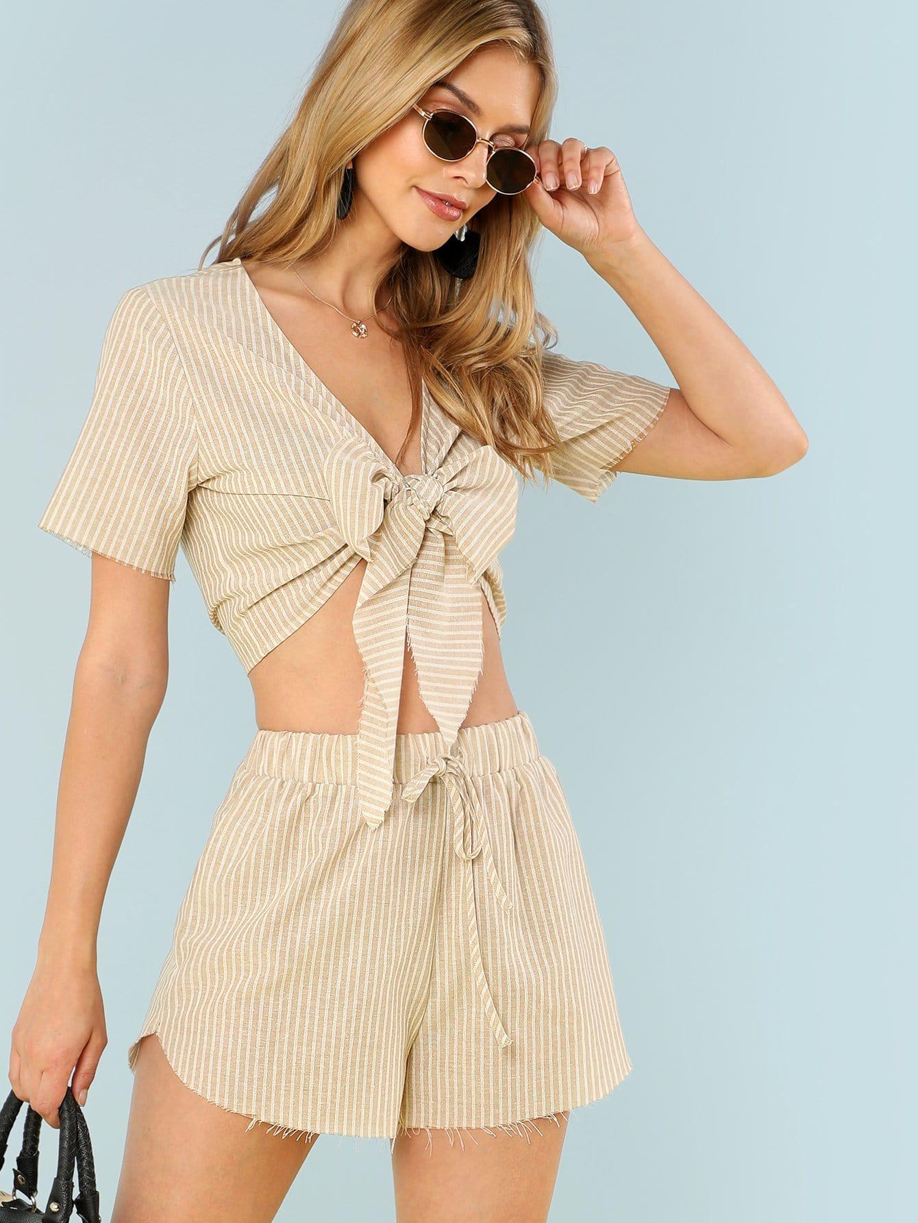 Striped Print Knot Front Crop Top & Raw Hem Shorts Set sweet wavy hem design striped shorts for women