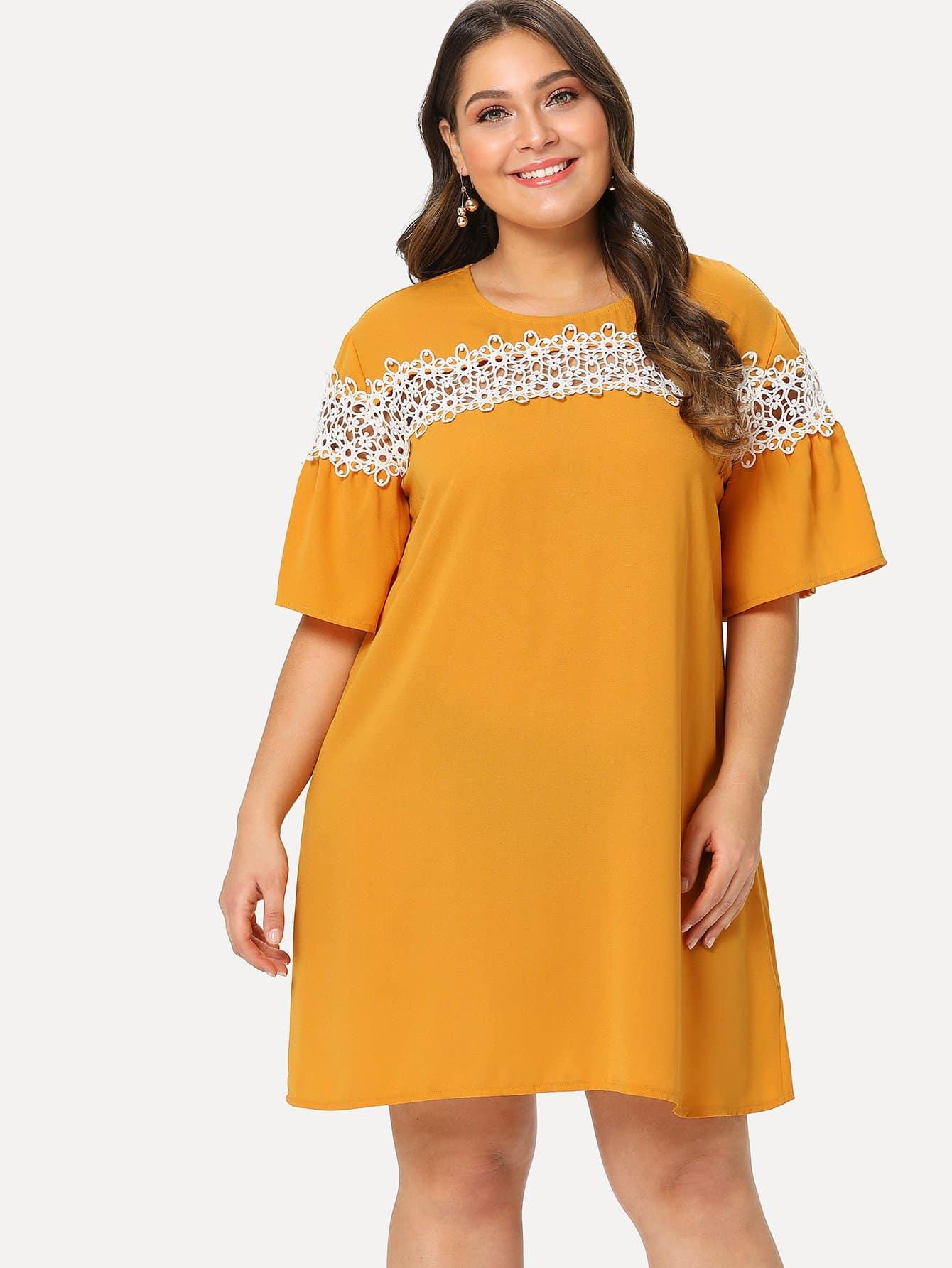Contrast Lace Applique Tunic Dress contrast collar lace applique pleated pinstripe dress