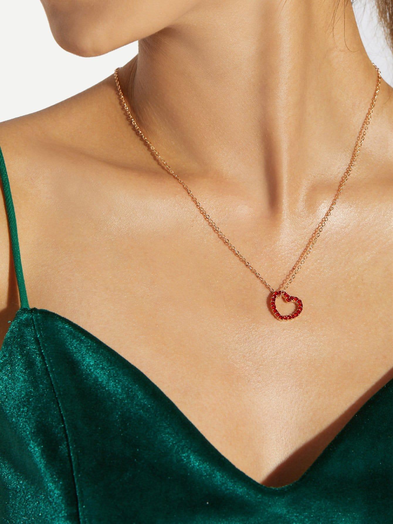 Rhinestone Heart Shaped Pendant Necklace