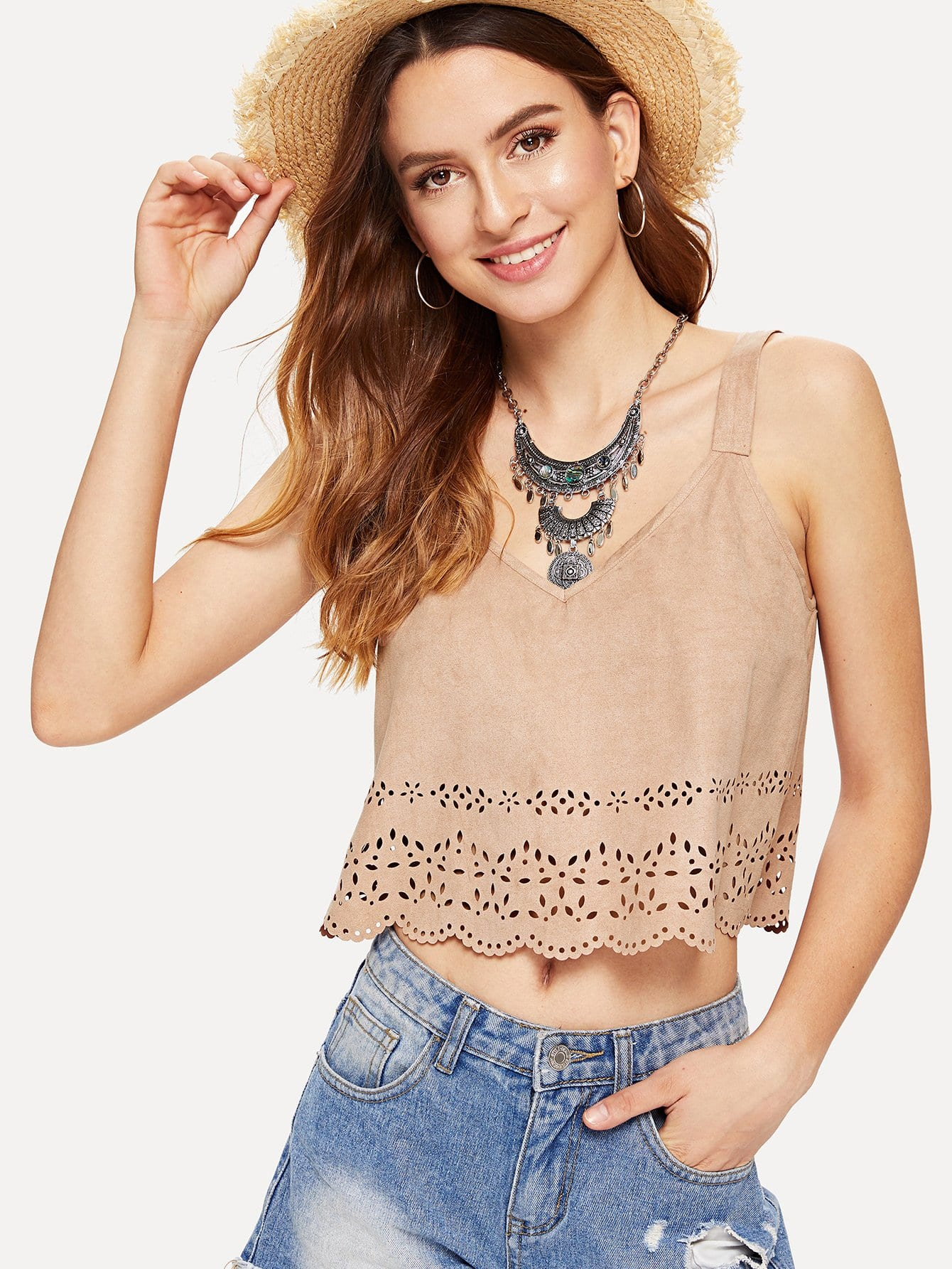 Фото - Scalloped Laser Cut Hem Suede Cami Top laser cut pep hem top