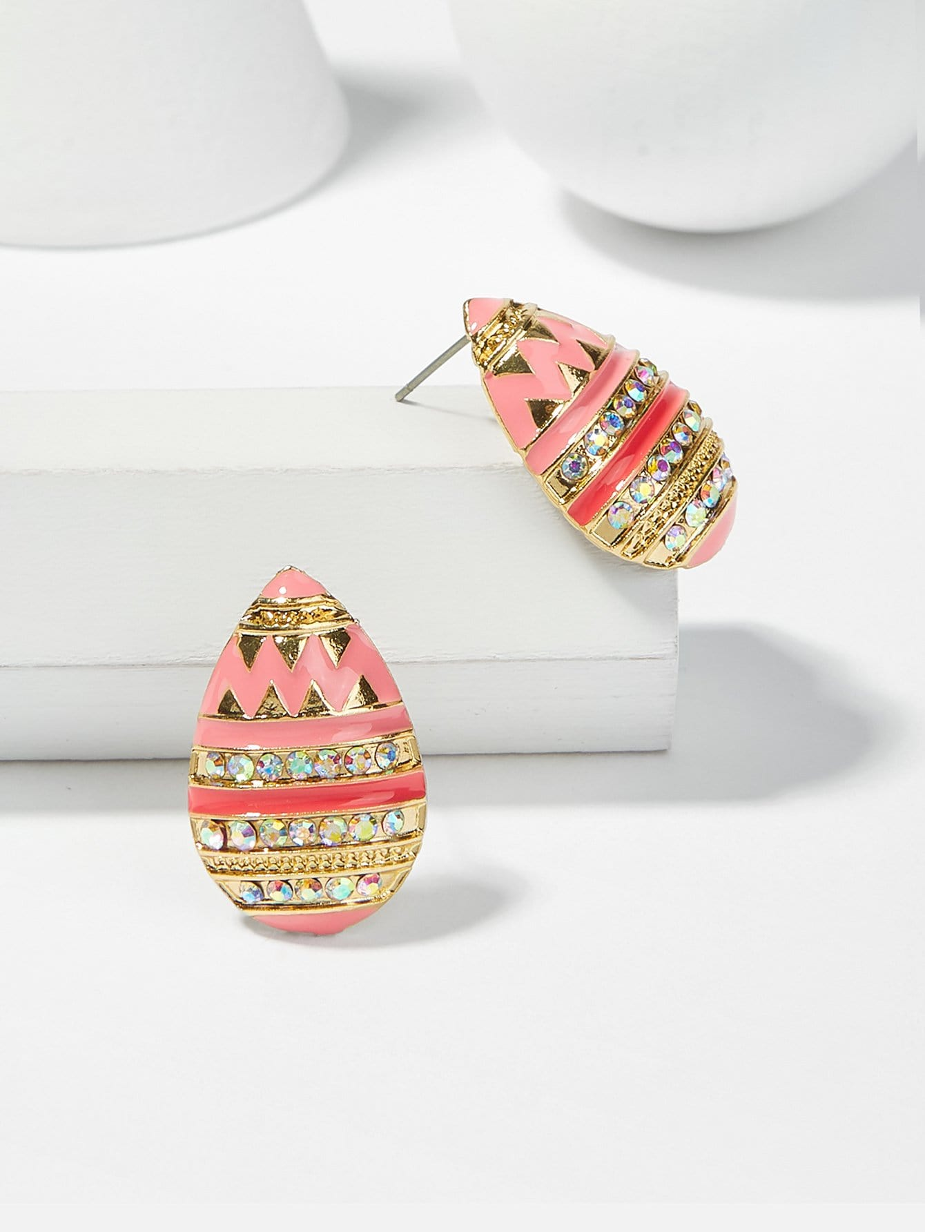 Waterdrop Shaped Rhinestone Stud Earrings rhinestone embellished waterdrop shape earrings
