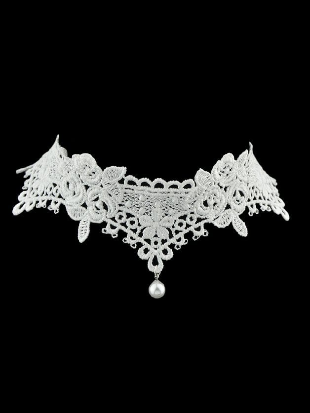 White Hollow Lace Clavicle Necklace