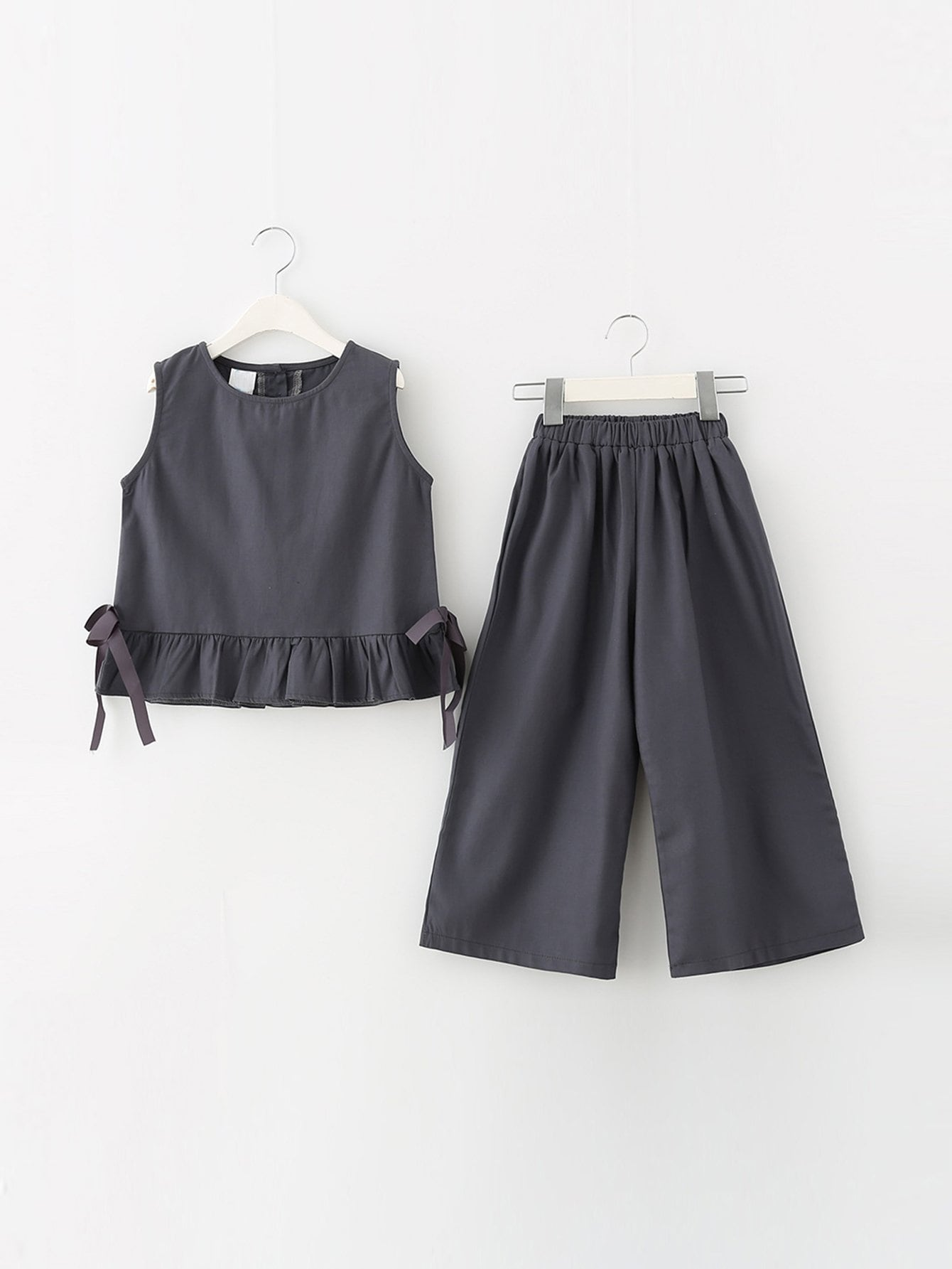 Топ с оборками и широкие брюки для детей от SheIn