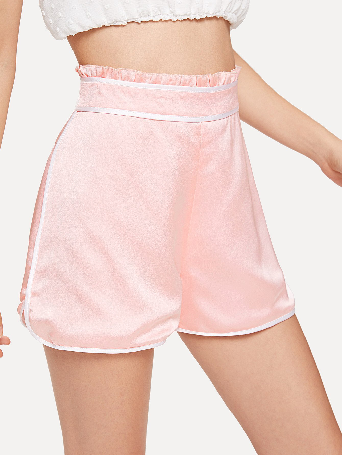 все цены на Contrast Binding Frill Trim Shorts