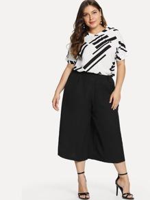 Plus V Neckline Top With Wide Leg Pants