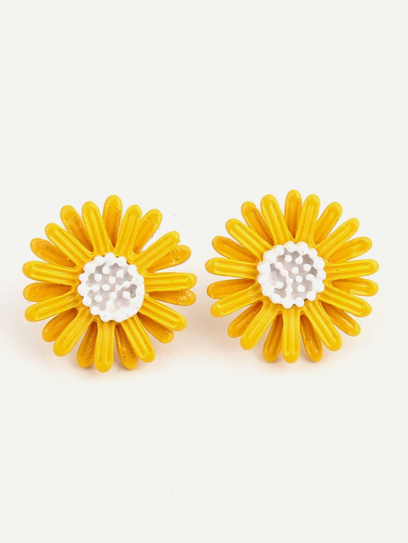 Two Tone Flower Shaped Stud Earrings two tone round flake drop earrings