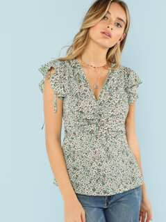 Ruffle Armhole Ruched Front Calico Top