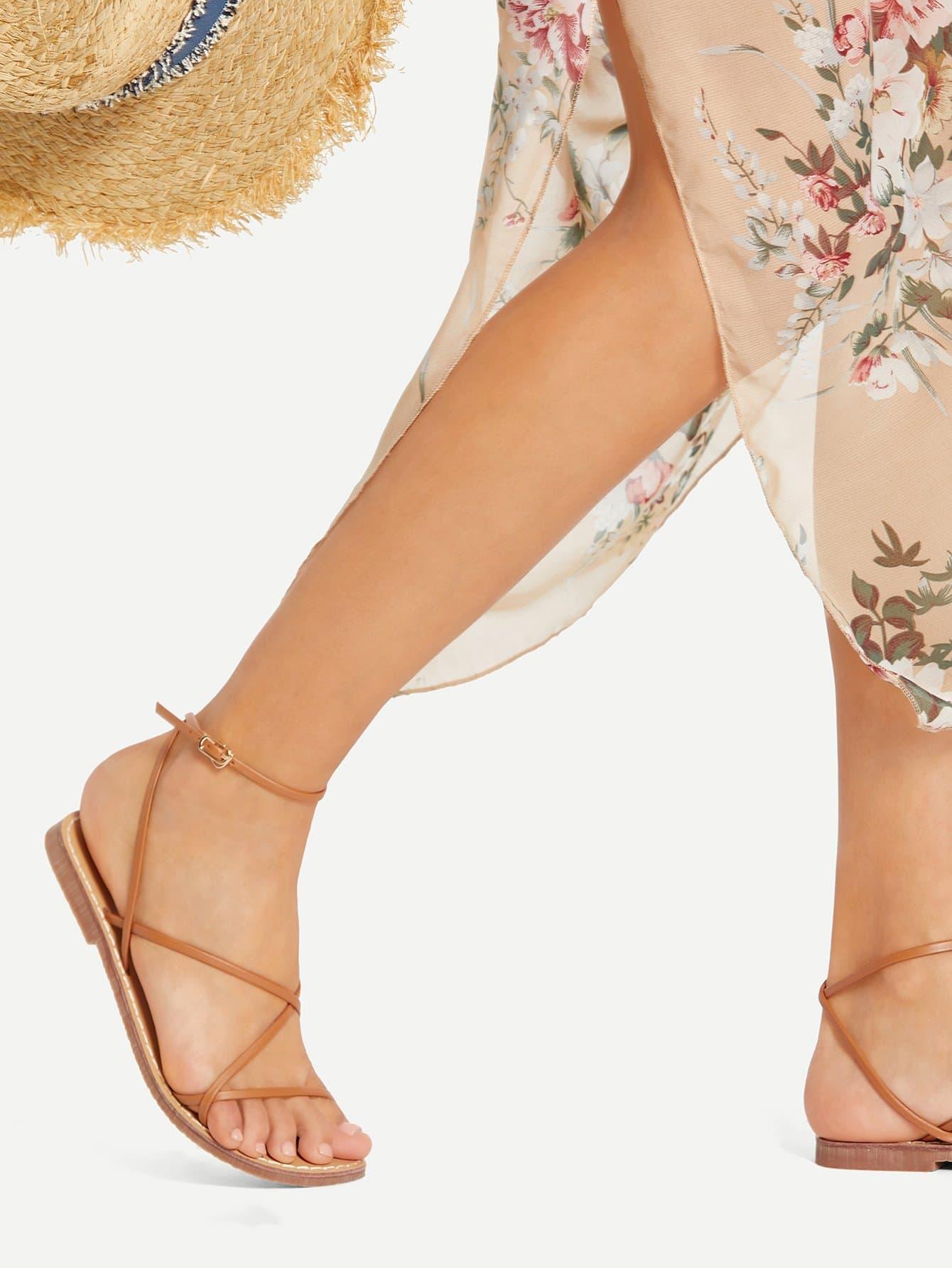 Strappy Design PU Flat Sandals цена 2017
