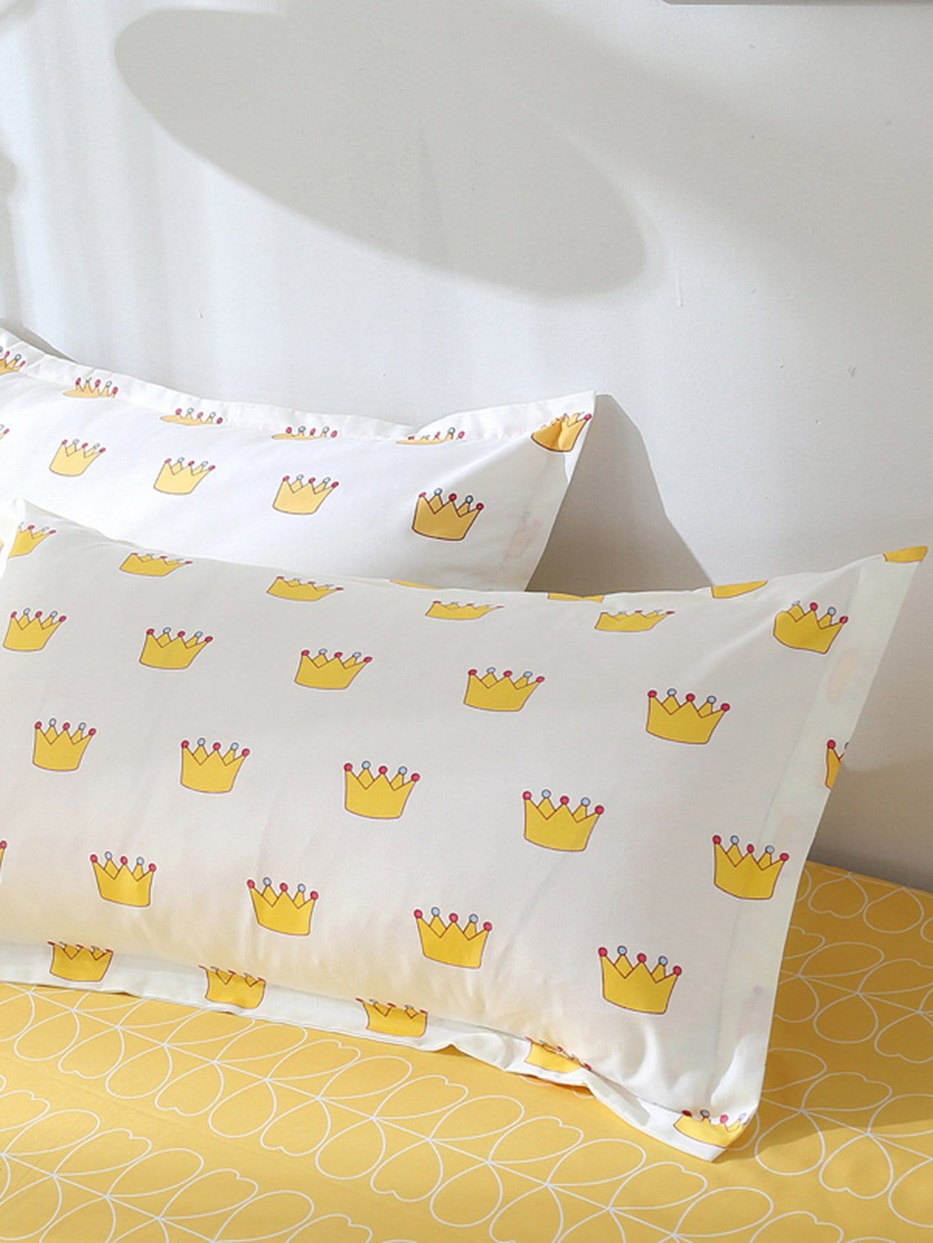 Crown Print Pillowcase Cover pug print pillowcase cover