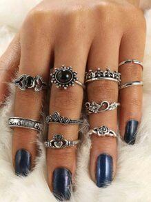 Flower & Crown Design Ring Set