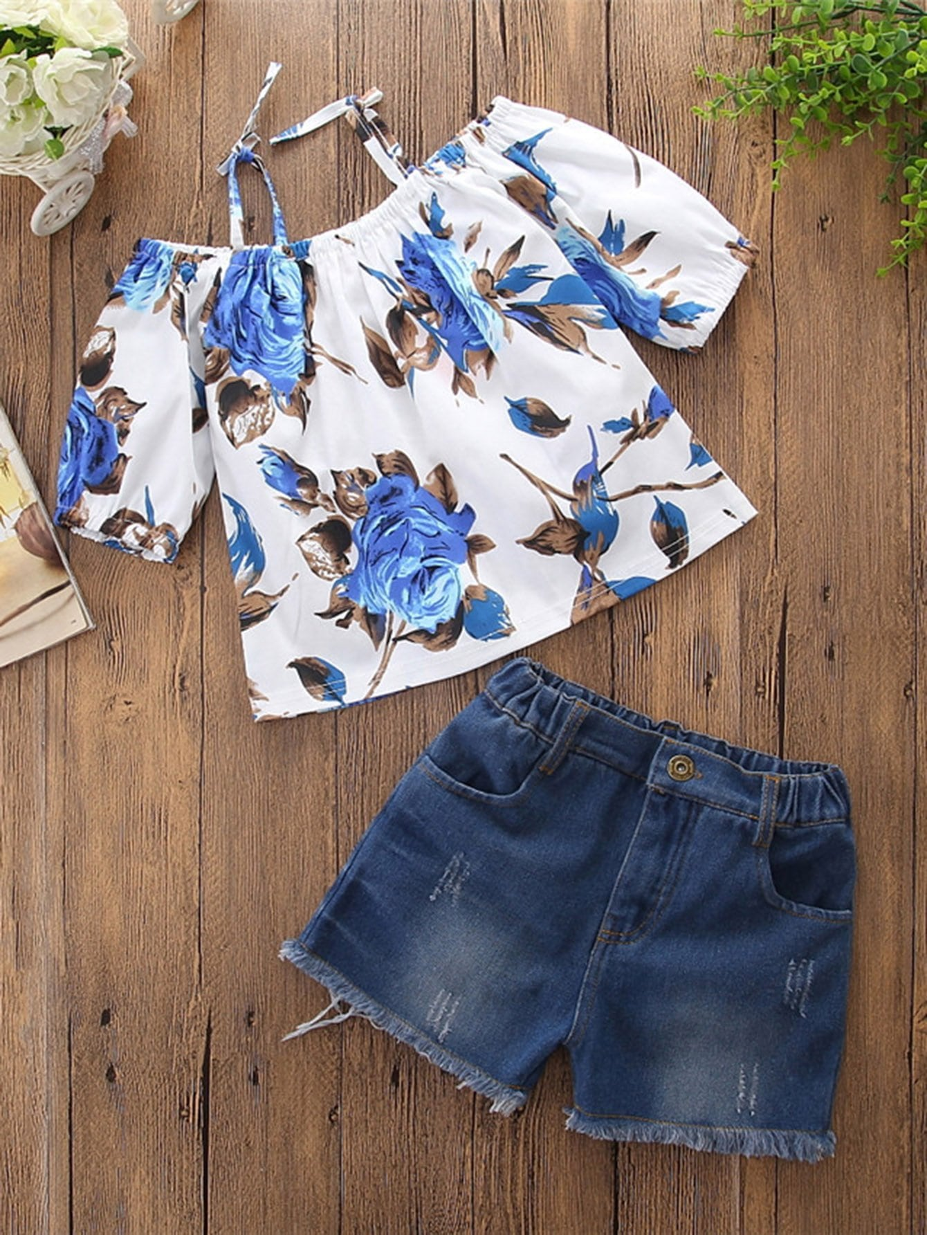 Girls Floral Print Off Shoulder Top With Shorts