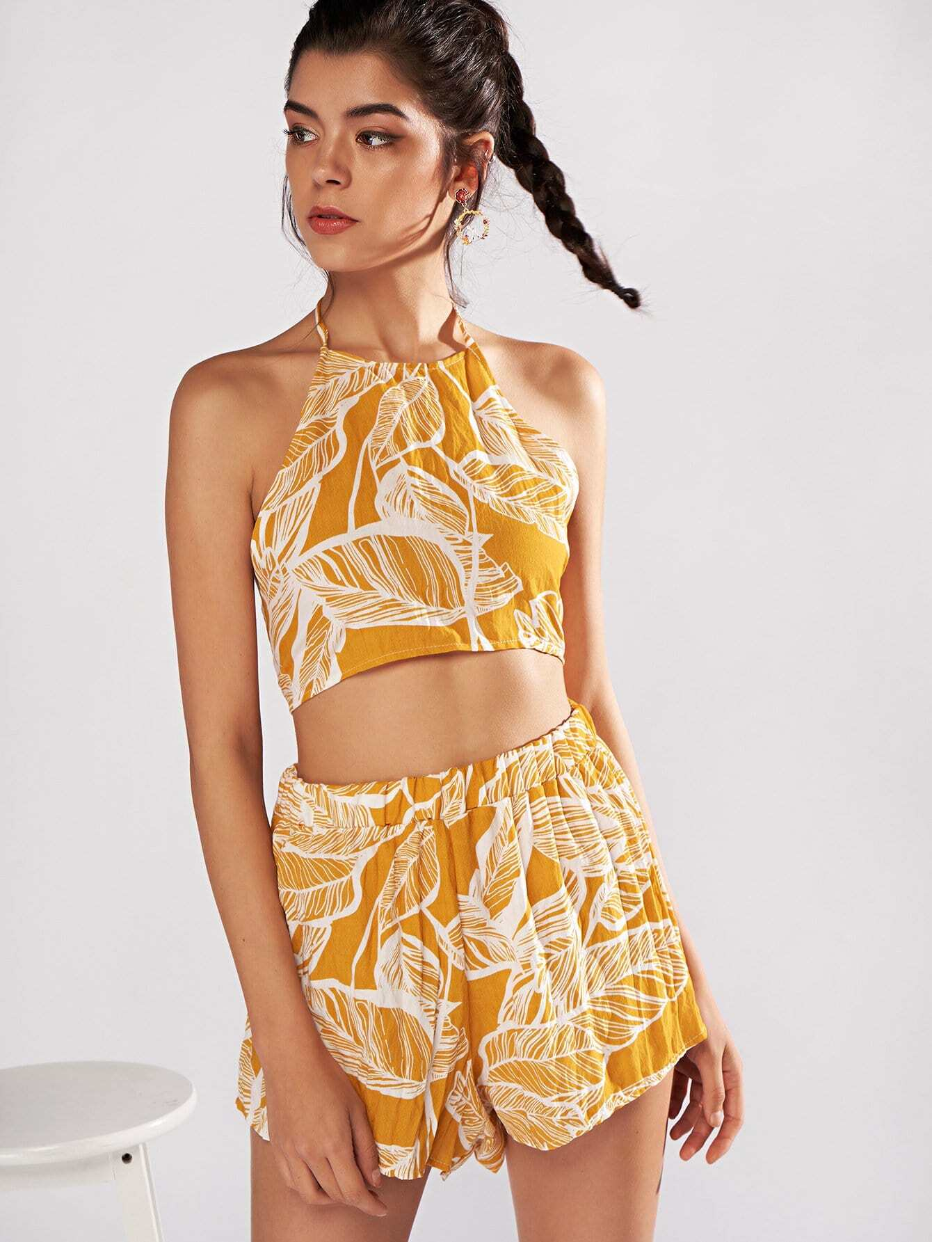 Leaves Print Knot Back Haler Top With Shorts zip up back knot plaid top