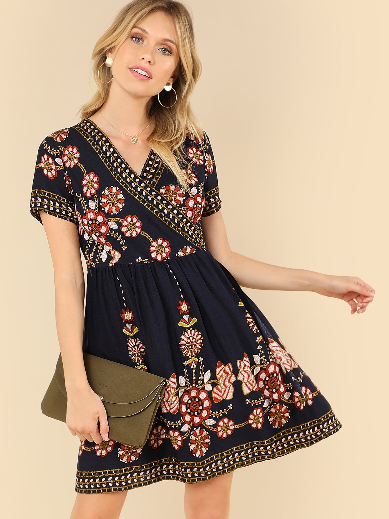 Купить Платье с принтом племени, Noelle Brown, SheIn