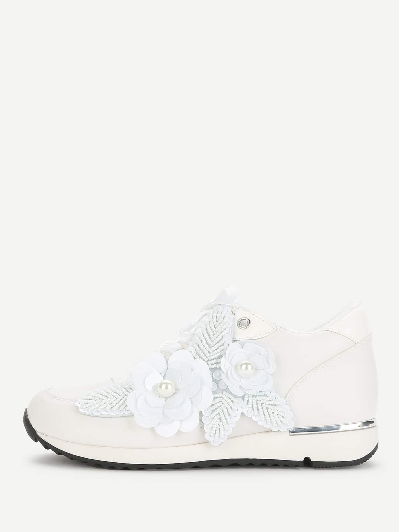 Фото Flower Applique Beaded Detail Sneakers