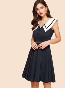 Contrast Collar Circle Dress With Belt