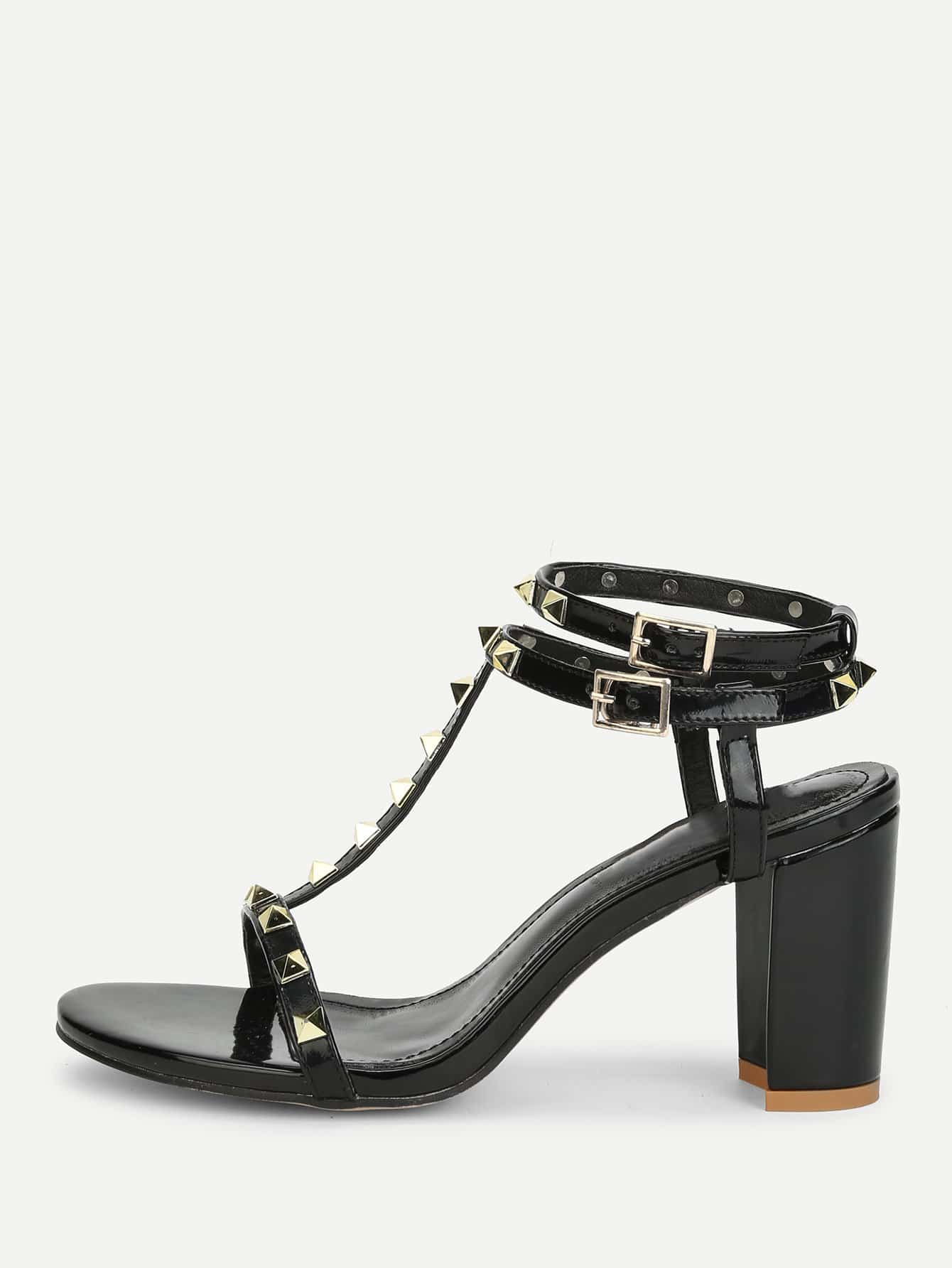 все цены на Rockstud Detail Block Heeled Sandals