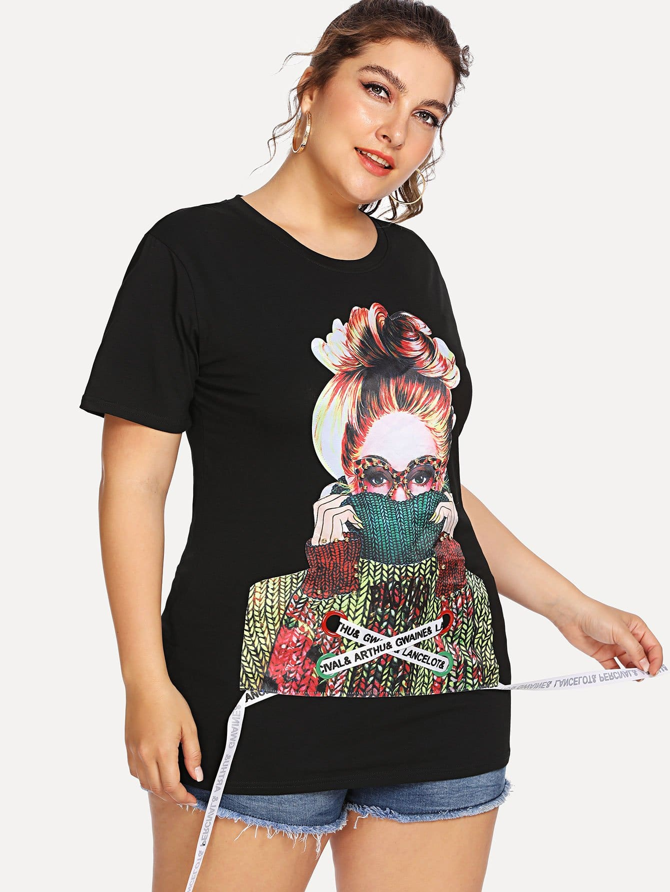 все цены на Plus Figure Print Pearl Embellished Tee