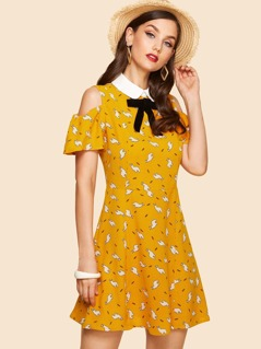 Contrast Collar Bow Embellished Cold Shoulder Dress
