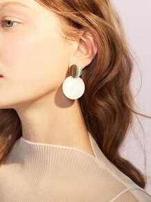 Flat Disc Design Stud Earrings