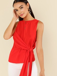 Buttoned Keyhole Knot Front Shell Top