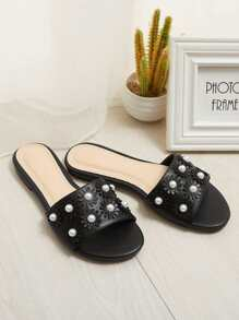 Faux Pearl Flower Decorated Flat Sliders